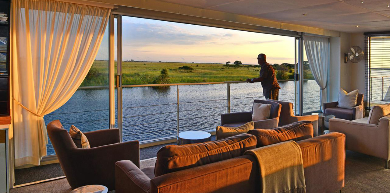 Zambezi-Queen-Lounge